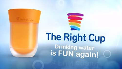 水がジュースになるカップ