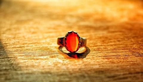 finger-rings-4647013_640