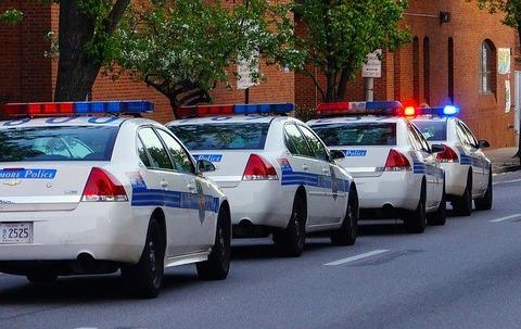 police-224426_640