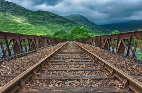 railway-2439189_640