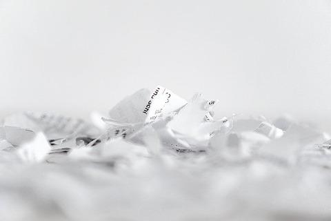 paper-1392749_640