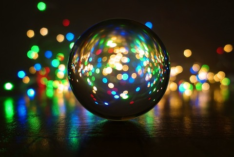 crystal-ball-photography-3884125_640