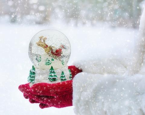 snow-globe-1931044_640