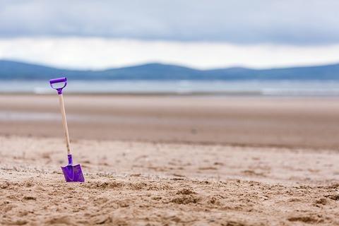 beach-1853230_640