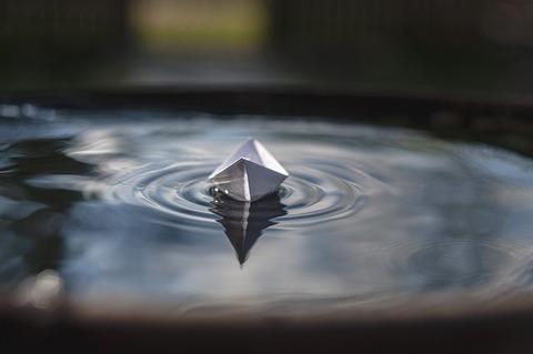 paper-boat-2270314_640