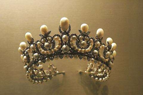 crown-1049927_640 (1)