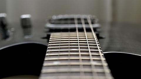 guitar-2816248_640