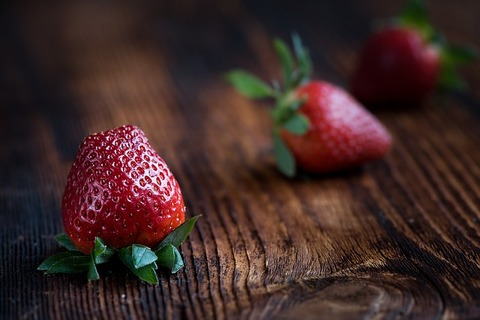 strawberries-1339969_640