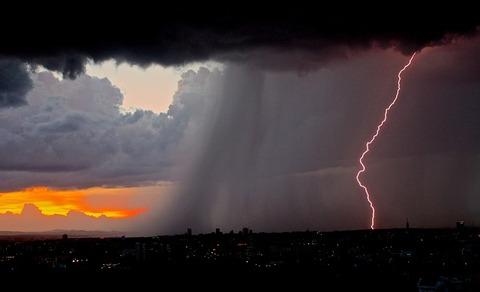 lightning-801866_640