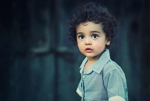 child-817373_640