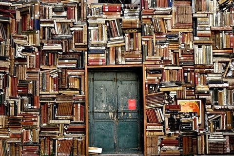 実店舗書店の「ネット書店課税」要望に批判の声…反応まとめ