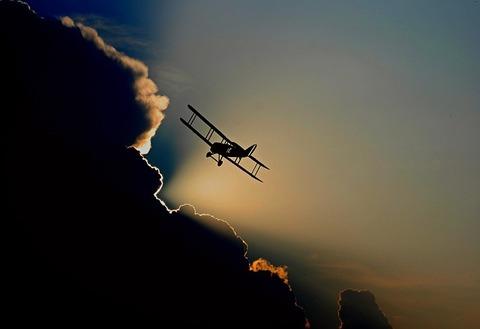 aircraft-1813731_640