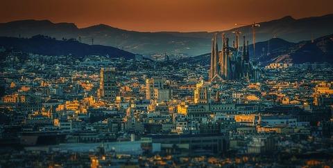 barcelona-3226639_640