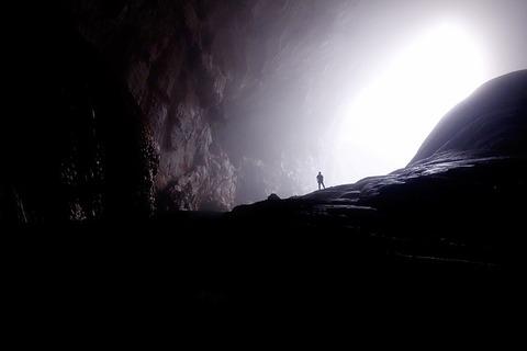 cave-1835825_640