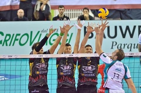 volleyball-1165916_640