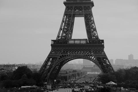 eiffel-tower-523613_640