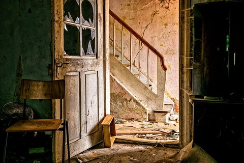 lost-places-3035877_640 (1)