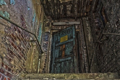 lost-places-3683436_640