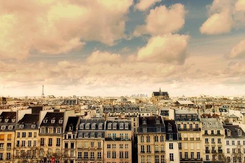 paris-2340852_640