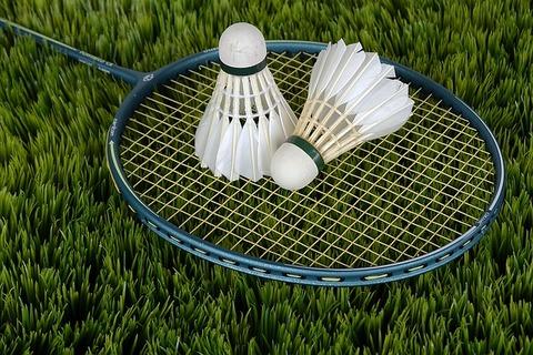 badminton-1428045_640