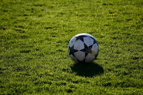 football-3770994_640