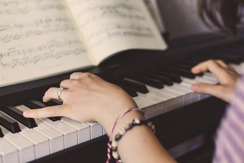 piano-5353974_640