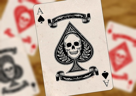 playing-cards-1068888_640