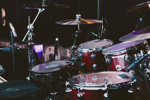 drum-set-1839383_640