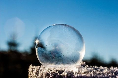 frozen-bubble-1943224_640