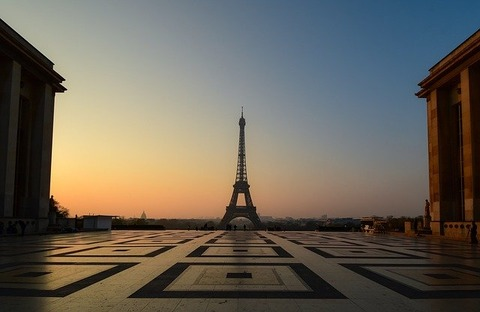 eiffel-tower-4123349_640