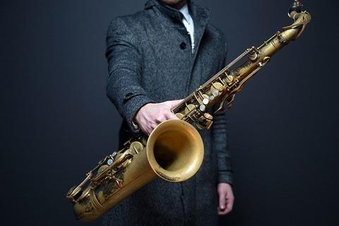 saxophone-918904_640
