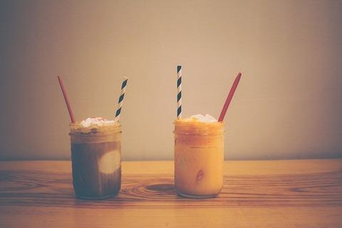 milkshakes-925869_640