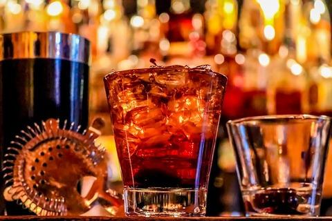 alcohol-3194824_640