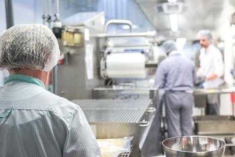 large-kitchen-2765065_640