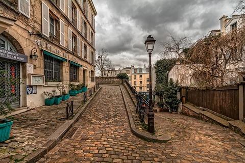 paris-3193674_640