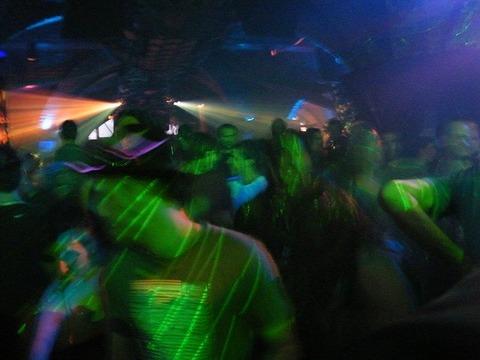 dancing-206739_640