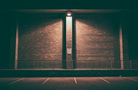 brick-wall-1834446_640