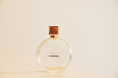 chanel-3137307_640