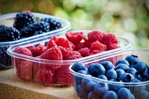 soft-fruits-3504149_640