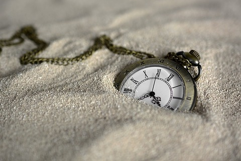 pocket-watch-3156771_640 (1)