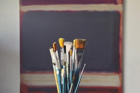 brushes-1683134_640 (1)