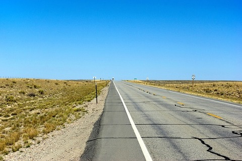 wyoming-highway-3743606_640