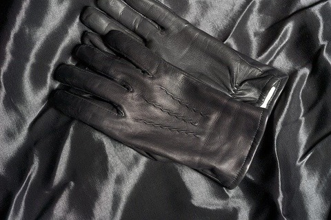 leather-gloves-4815310_640
