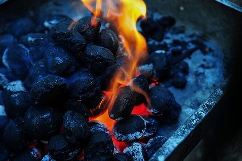 flame-933074_640