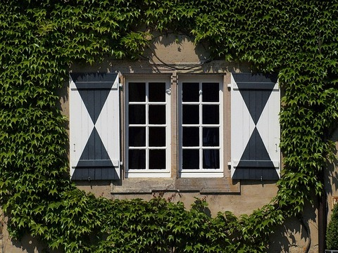 window-1151333_640