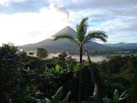 volcano-718277_640
