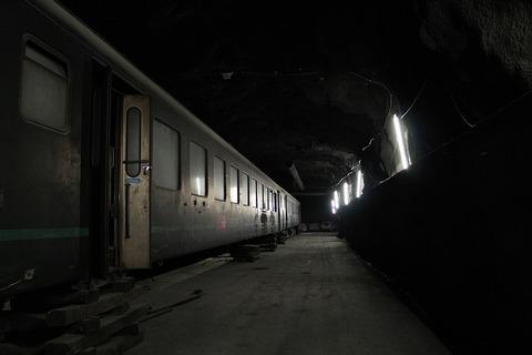 tunnel-2388191_640