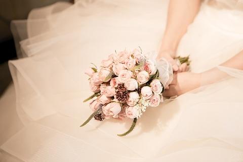 bouquet-1571668_640