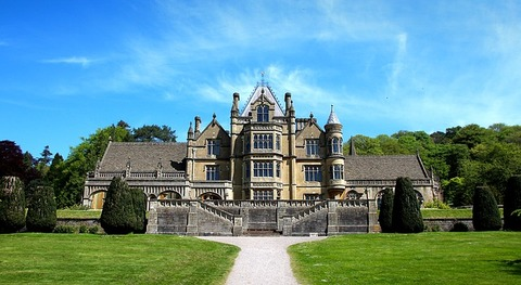 manor-house-3431460_640