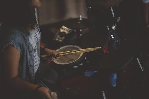 drummer-1208190_640